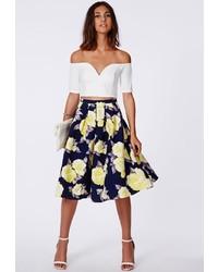 Falda midi con print de flores azul marino