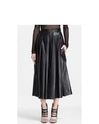 Falda midi de cuero plisada negra de BLK DNM