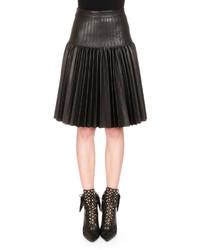 Falda midi de cuero plisada negra de Givenchy