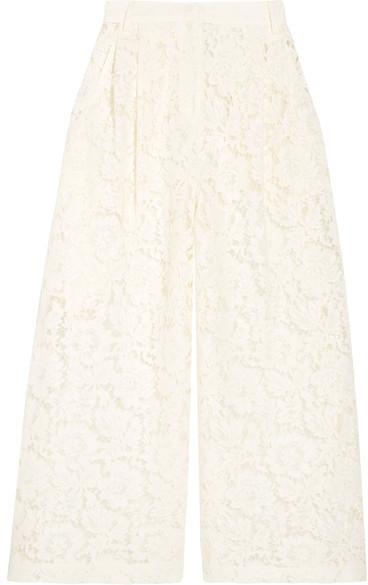 Falda Pantalón de Encaje Blanca de Valentino  dónde comprar y cómo ... 36d46cce8f77