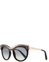 Gafas de sol en negro y dorado de Salvatore Ferragamo