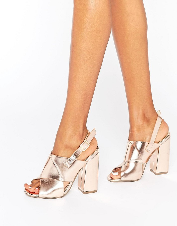 b911ef673fec ... Missguided Cross Strap Block Heel Sandals Rose Gold ...
