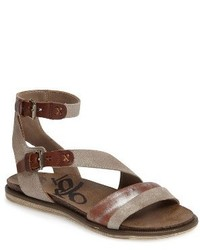 March on flat sandal medium 3683126