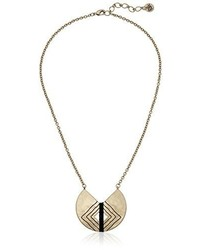 The Sak Crescent Pendant Necklace 18