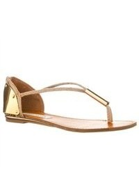 Steve Madden Reader Flat Thong Sandals Gold Size 7