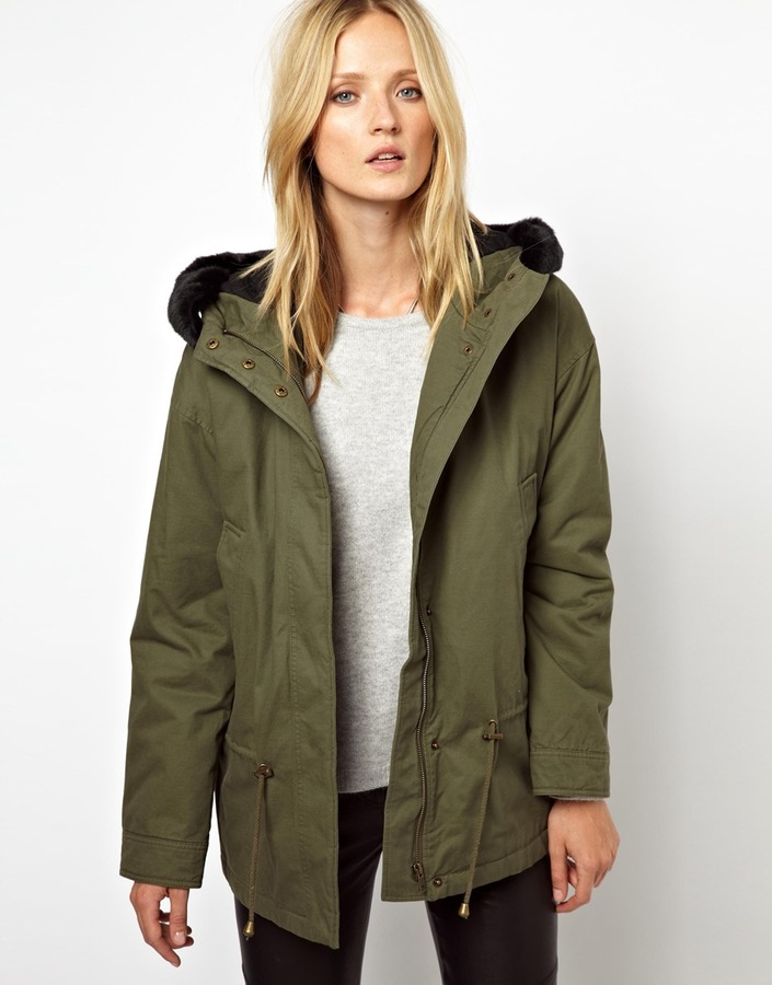 Selected Deggan Short Parka Ivy Green | Where to buy & how to wear