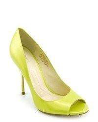 Boutique 9 Delilah Yellow Patent Leather Pumps Heels Shoes
