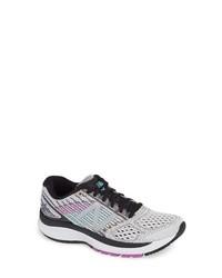 New Balance 860 Running Shoe