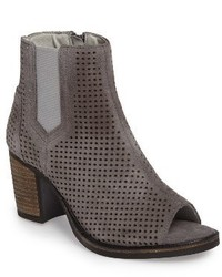 Bos. & Co. Brianna Perforated Chelsea Boot