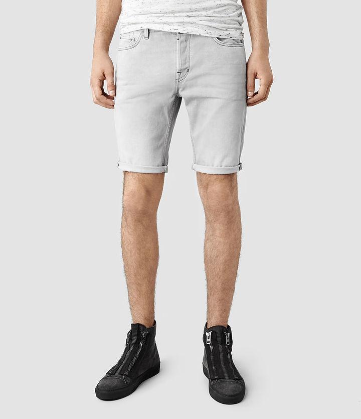 how to wear denim shorts men