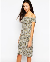 Bardot body conscious midi dress in ditsy floral medium 190332