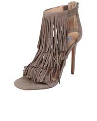 Fringly sandal medium 729033