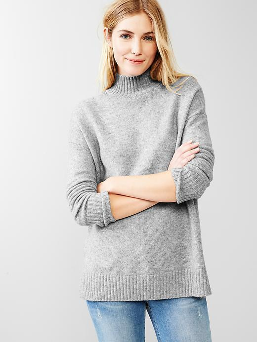 Gap Cozy Turtleneck Sweater | Where to buy & how to wear