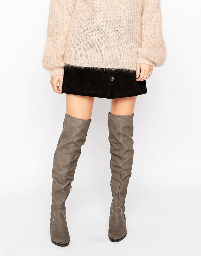 8c5454a6f9e ... Aldo Chiaverni Leather Flat Over The Knee Boots ...