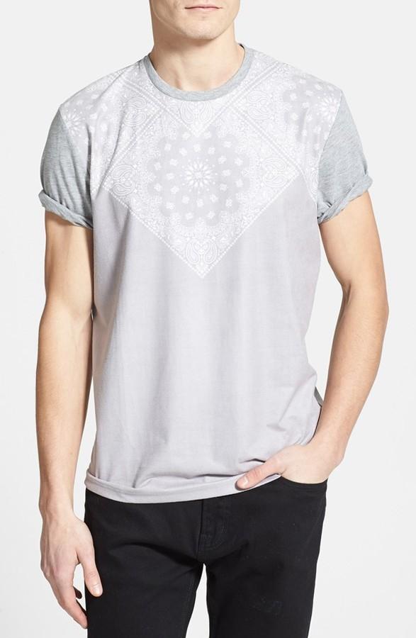 topman bandana print crewneck t shirt where to buy how. Black Bedroom Furniture Sets. Home Design Ideas