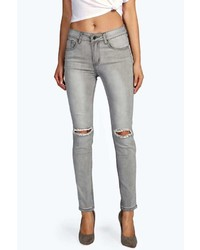Boohoo Evie Distressed Ripped Knee Jeans