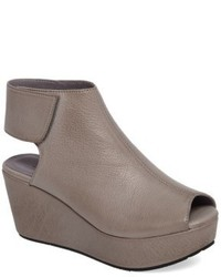 Cutout wedge sandal medium 5169091