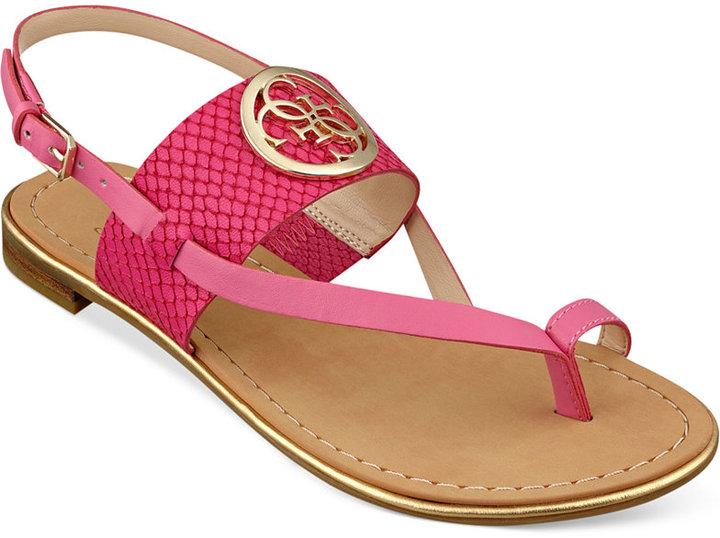c5912981bca ... GUESS Redell Flat Sandals ...