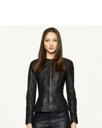 Pairing a black leather blazer jacket with a jacket is a comfortable option for running errands in the city.
