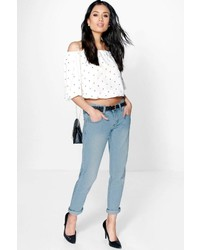 Boohoo Lilly Low Rise Light Wash Boyfriend Jeans