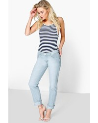 Boohoo Molly Low Rise Light Blue Mom Jeans