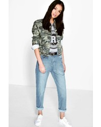 Boohoo Sophie High Waisted Light Wash Mom Jeans