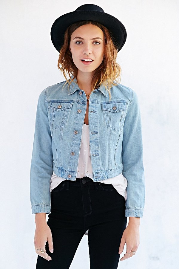 BDG Cropped Denim Trucker Jacket | Where to buy & how to wear