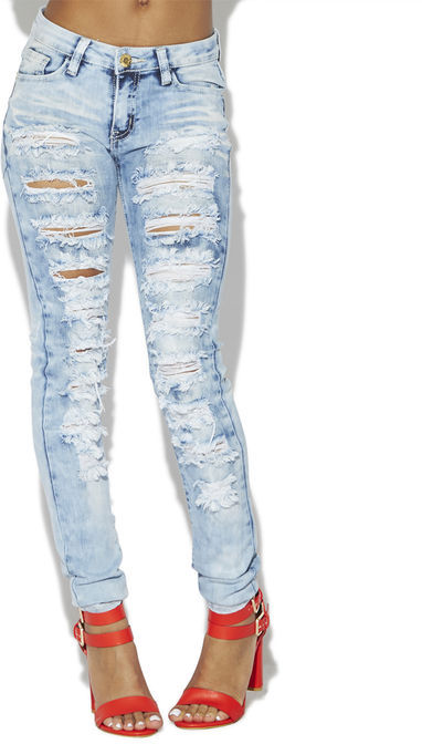 Arden B Light Wash Destroyed Skinny Jeans | Where to buy & how to wear