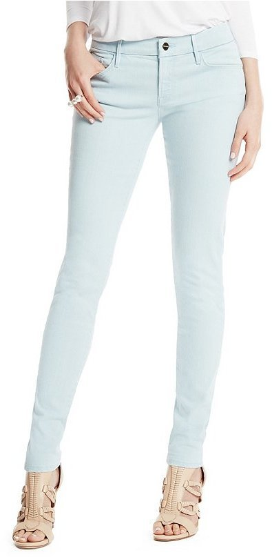 How to wear sky blue skinny jeans