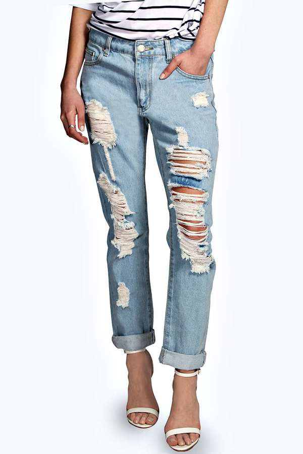Boohoo Sara Relaxed Fit Boyfriend Light Wash Jeans | Where to buy ...