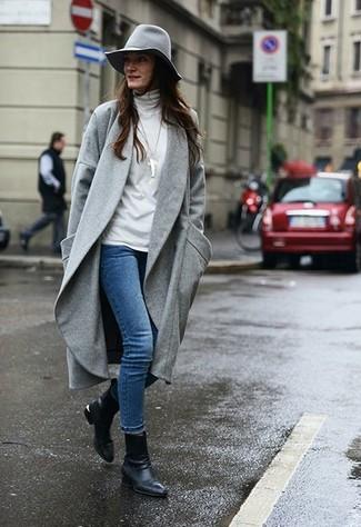 203c0015e382c Cómo combinar un sombrero de lana gris con unos botines de cuero ...