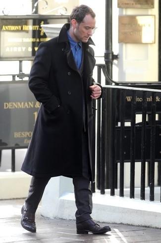 Abrigo largo negro traje en gris oscuro camisa de manga larga azul large 1325
