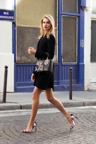 un zapatos con negro Muestra Un par de tu de lado abrigo tacón sofisticado de IvvHYA