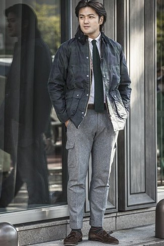 Men's Looks & Outfits: What To Wear In 2020: One of the coolest ways for a man to style a navy barn jacket is to combine it with grey cargo pants for a laid-back ensemble. Introduce a pair of dark brown suede tassel loafers to the equation to instantly jazz up the getup.