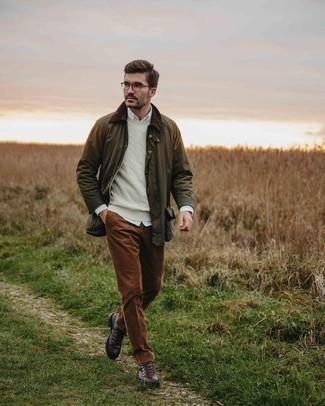 Clear Sunglasses Outfits For Men: Opt for an olive barn jacket and clear sunglasses to pull together a casual and absolutely dapper ensemble. If not sure as to what to wear when it comes to shoes, go with a pair of dark brown leather work boots.