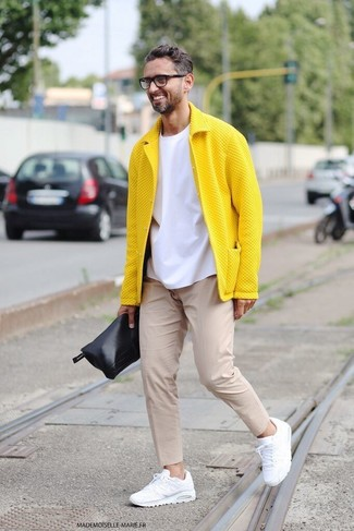 For an everyday outfit that is full of character and personality choose a mustard jacket and nude chinos. A good pair of white trainers are sure to leave the kind of impression you want to give.