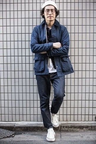 White Beanie Outfits For Men: Want to inject your menswear arsenal with some relaxed menswear style? Rock a navy barn jacket with a white beanie. And if you need to effortlessly kick up this outfit with one single piece, why not introduce a pair of white canvas low top sneakers to the equation?