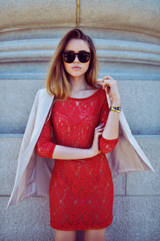 This combination of a blazer and a red lace bodycon dress is very versatile and really up for any sort of adventure you may find yourself on. It's is an obvious idea when it comes to an easy-to-transition look.