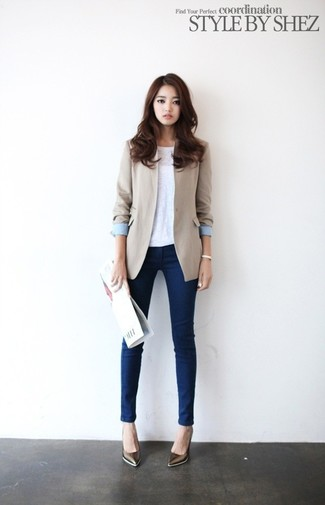 Women's Beige Blazer, White Sleeveless Top, Navy Skinny Jeans, Brown Leather Pumps