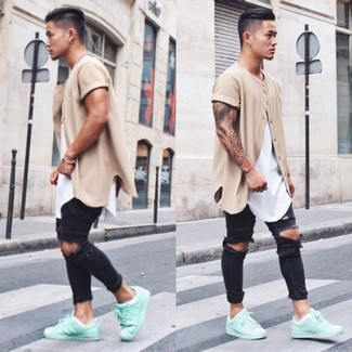 How to Wear Mint Low Top Sneakers In a Relaxed Way For Men: Try pairing a beige cardigan with black ripped skinny jeans for an easy-to-achieve look. If you wish to immediately perk up your outfit with footwear, complement this outfit with a pair of mint low top sneakers.