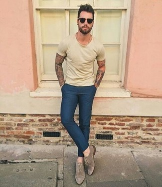 How to Wear Oxford Shoes: Such must-haves as a beige crew-neck t-shirt and navy chinos are an easy way to introduce muted dapperness into your day-to-day casual rotation. Want to go all out in the footwear department? Complement your getup with oxford shoes.