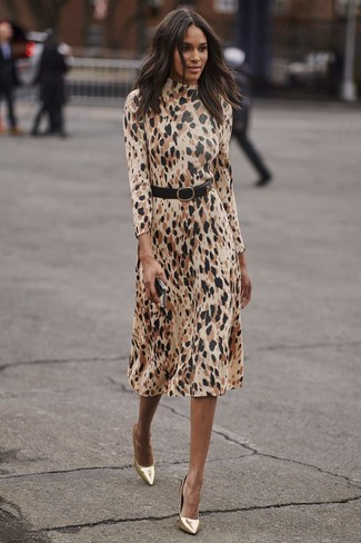 How to Wear a Black Leather Waist Belt: Rushed mornings require a straightforward yet absolutely stylish outfit, such as a beige leopard midi dress and a black leather waist belt. Gold leather pumps are an effective way to upgrade your look.
