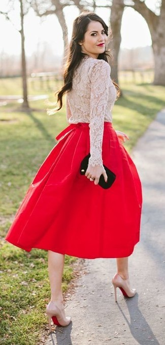 A beige lace long sleeve t-shirt and a red pleated midi skirt will give off this very sexy and chic vibe. Round off this look with beige leather pumps.