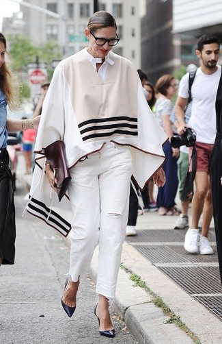 To create an outfit for lunch with friends at the weekend consider wearing a beige striped poncho and white ripped jeans. Dress up this look with navy leather pumps.