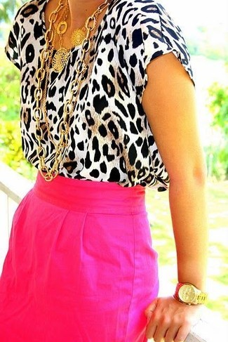How to Wear a Pink Pencil Skirt: For a laid-back look, try teaming a beige leopard short sleeve blouse with a pink pencil skirt — these items work really great together.