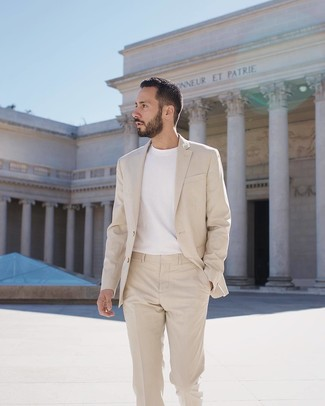 How to wear: beige suit, white crew-neck t-shirt