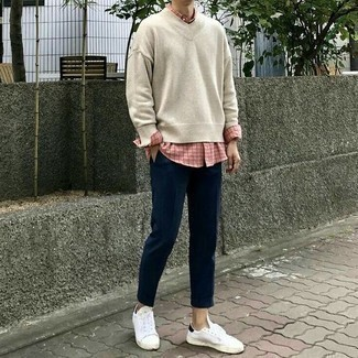 Pink Shirt Warm Weather Outfits For Men: A pink shirt and navy chinos are among those game-changing menswear must-haves that can modernize your closet. If you wish to immediately elevate your look with a pair of shoes, why not add white and black canvas low top sneakers to the equation?