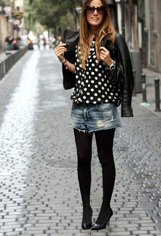 How to Wear Black Tights: For a casually edgy ensemble, rock a black quilted leather biker jacket with black tights — these two pieces work nicely together. Black leather pumps are a fail-safe way to give a sense of elegance to this outfit.
