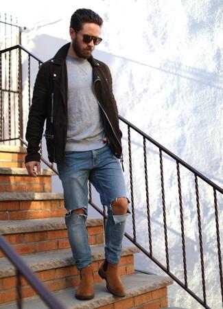 Distressed Knee Rip Jeans