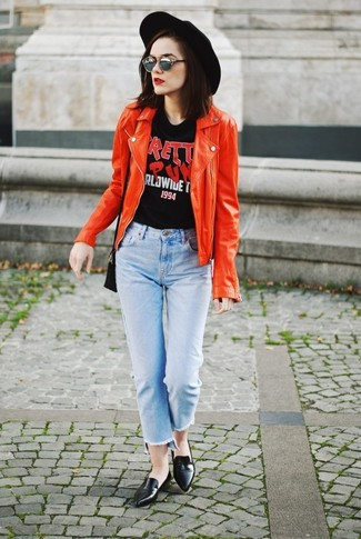 If you love staying-in clothes which are stylish enough to wear out, you should consider this combination of a red leather biker jacket and grey sunglasses. Black leather loafers will add elegance to an otherwise simple look. We promise this outfit is the answer to all of your spring style woes.